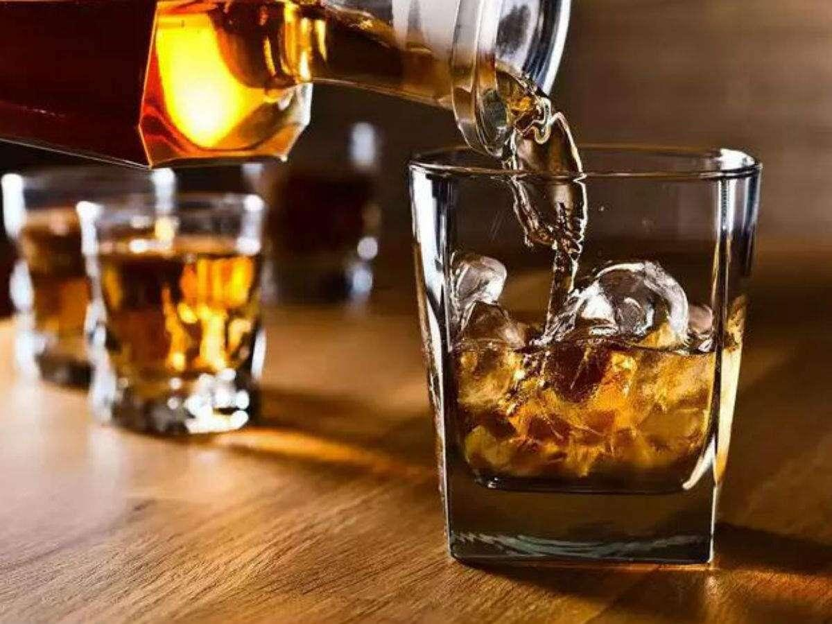 Alcohol Online Sale: Liquor companies seek nod for online, on-call sale |  India Business News - Times of India
